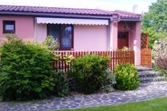 Bungalovy Natura - terasa vpravo